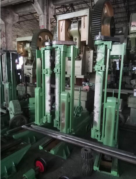 立式木工带锯机